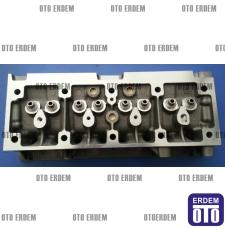 R9 - R19 Silindir Kapağı Braoadway Spring 1400 Motor 7702164346 - 2