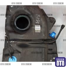Clio 2 Yakıt Deposu Plastik 8200934872 - 7700412144 - 4