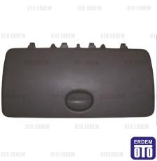 Renault Kangoo Torpido Kapağı Alt 8200181005