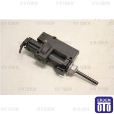 Scenic 2 Depo Kilit Motoru 8200313376